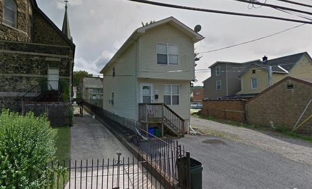 412 East Morton Exterior