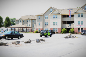 With enough room for every tenant and some spots to spare, you will never have to worry about losing a parking spot! Plus, parking is free at Madison and Brookside!