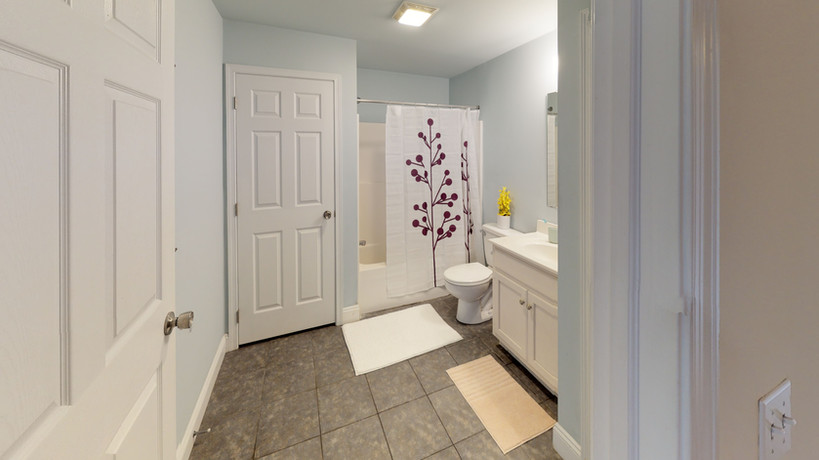 Schoolhouse Lofts Bathroom
