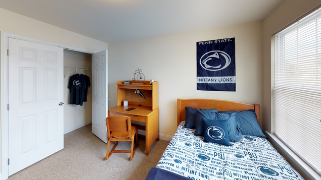 Schoolhouse Lofts Penn State Themed Bedroom