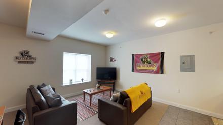Lofts-on-East-Main-Street-3-Bedroom-1-Ba