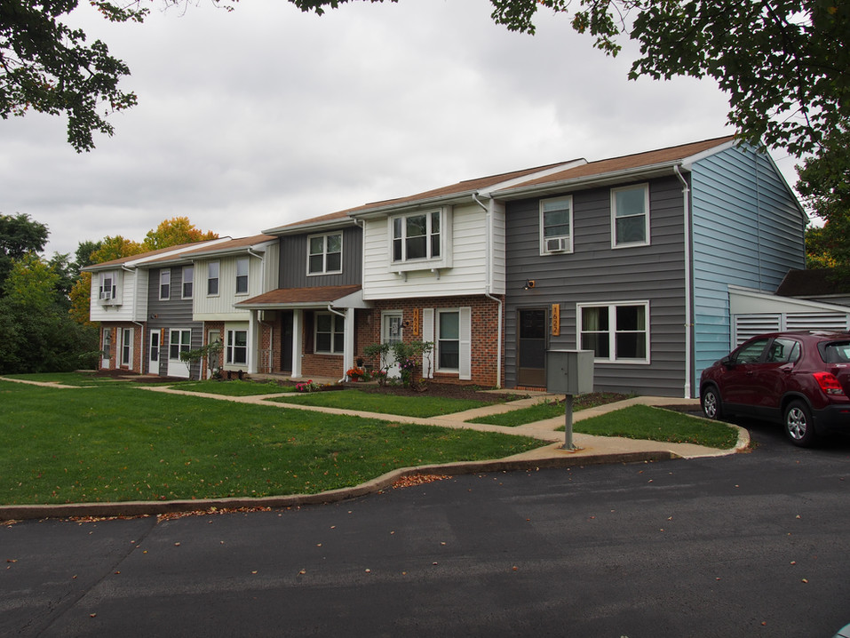 Spacious Student Townhomes at Southside Court