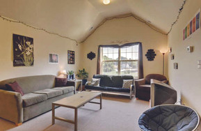 Another Brookside highlight are the vaulted ceilings in our 3rd floor units.