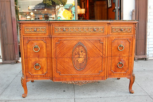 Classical credenza w/inlaid patterns