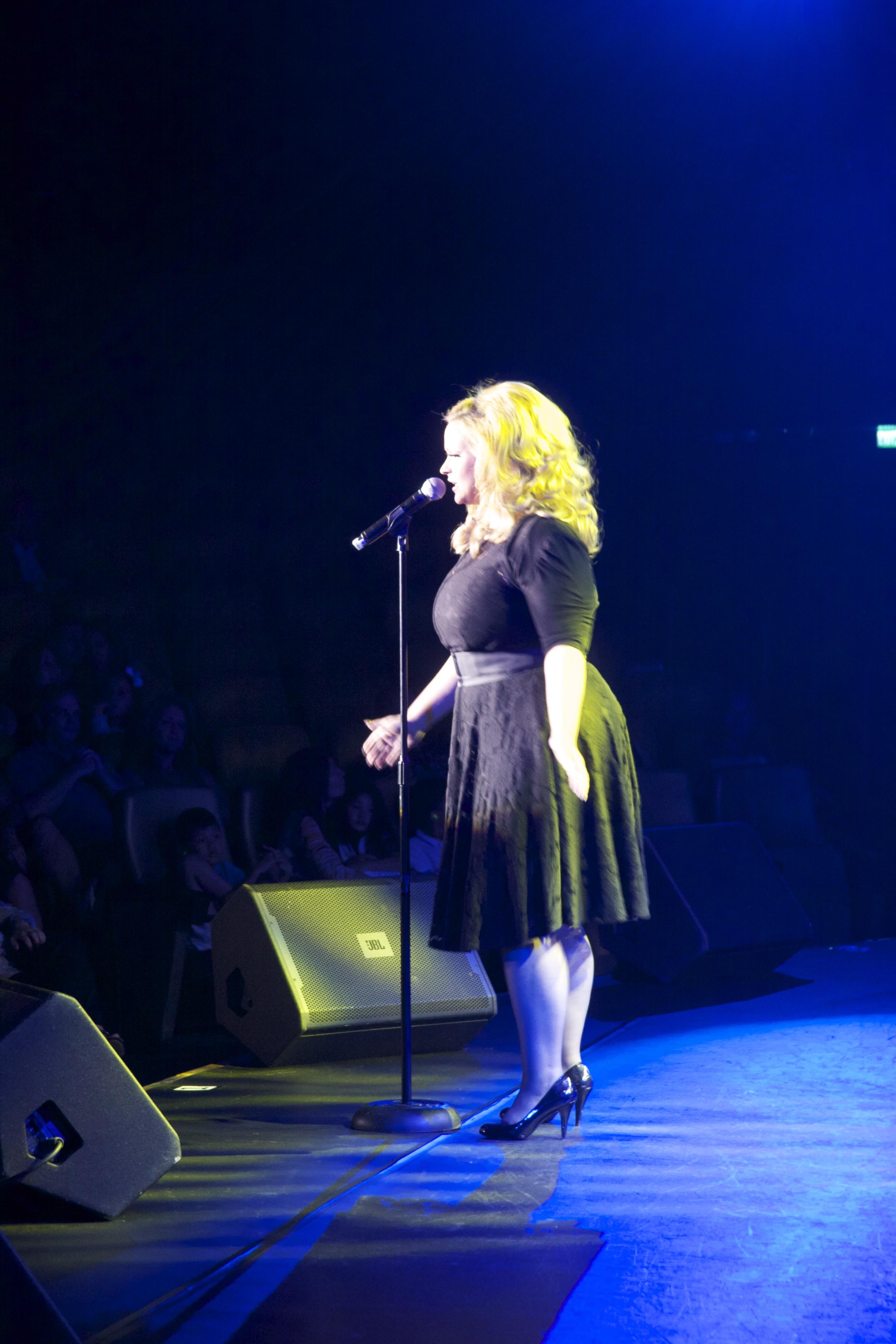 JC Brando as Adele live stage 4