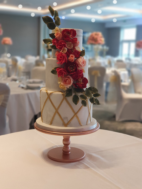 Trellis and Rose wedding cake