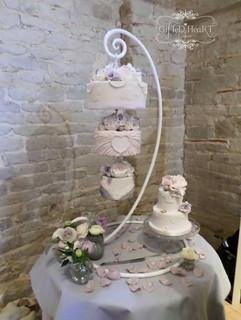 Wedding cakes that hang
