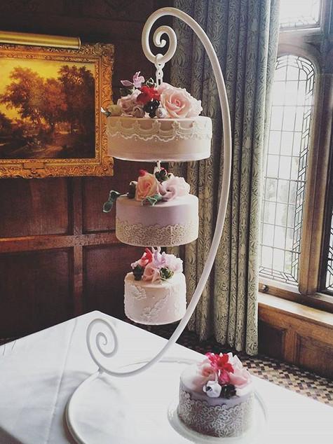 Hampshire hanging cake