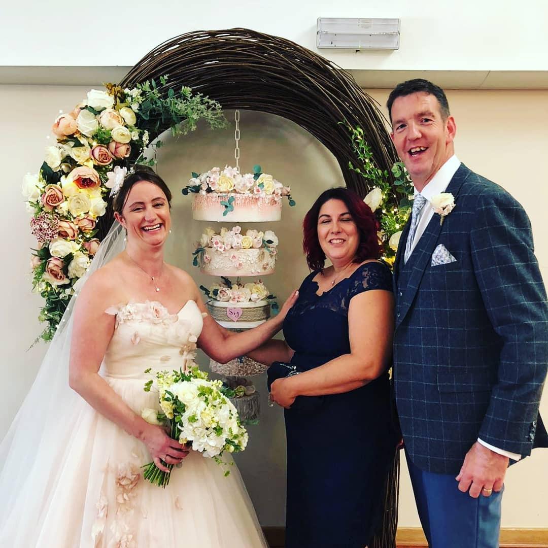 Real Wedding - Hanging Cake