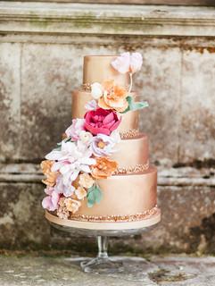 Bronze colour pop wedding cake