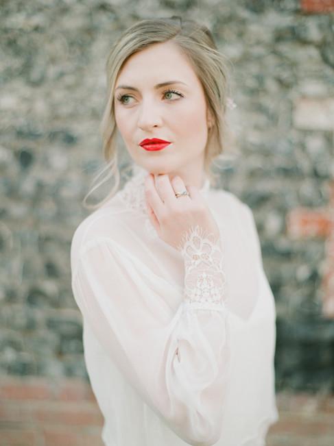 004Fine-art-film-wedding-photography-lon