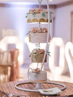 Froyle Park hanging wedding cake