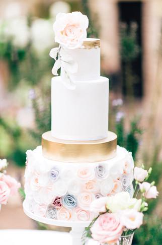 Romantic Wedding Inspiration at Le Manoi
