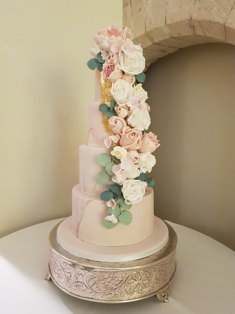 Wedding cakes at Farnham Castle