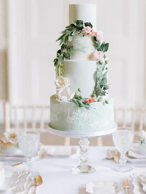 Spring flower buttercream cake