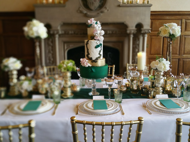 The Elvetham wedding cake and desert table