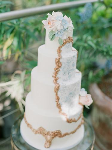025Fine-art-film-wedding-photography-lon