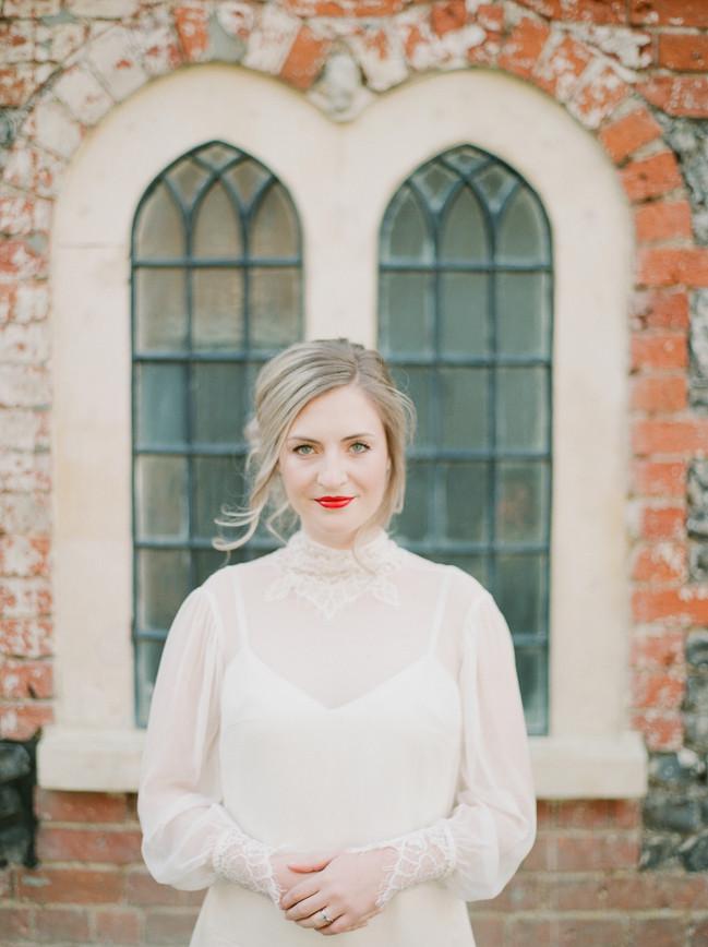 007Fine-art-film-wedding-photography-lon