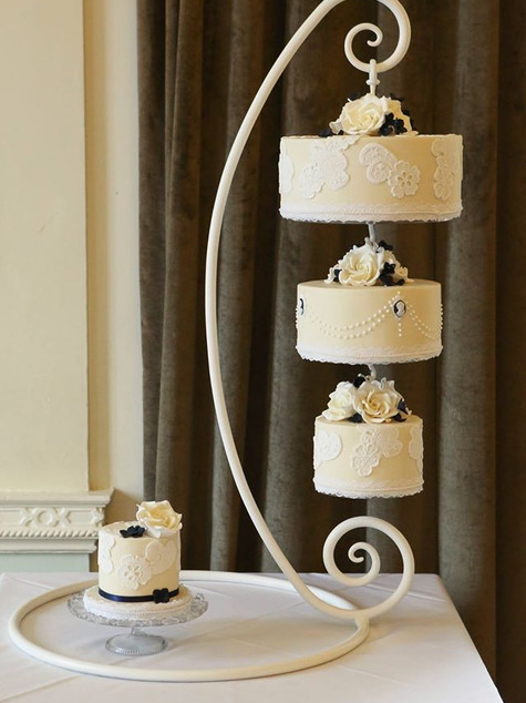 Hanging wedding cakes