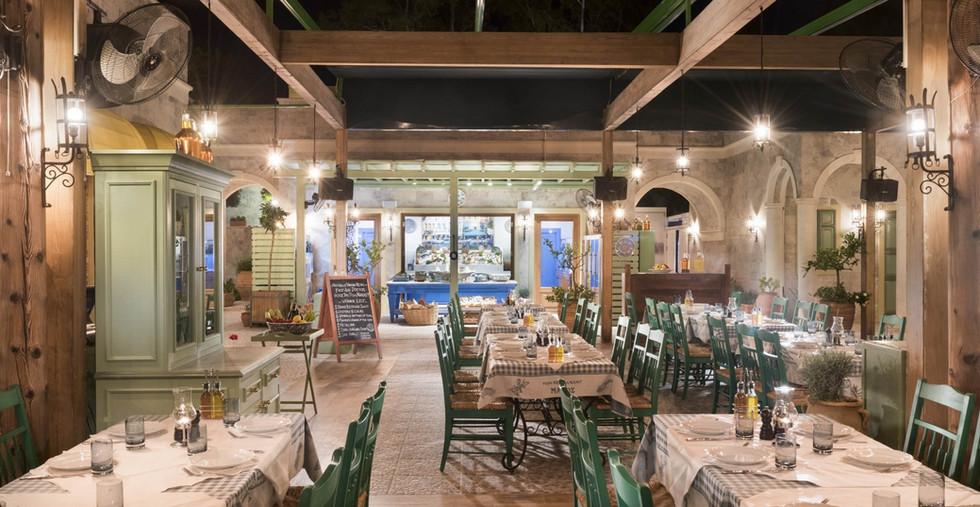 Manos Fish Restaurant D-Maris Bay