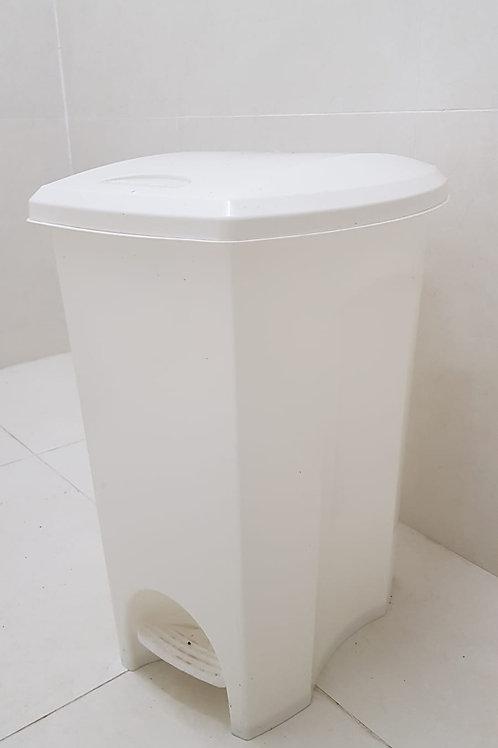 Lixeira Banheiro 50 litros