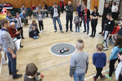Zawody robotyczne - walki sumo