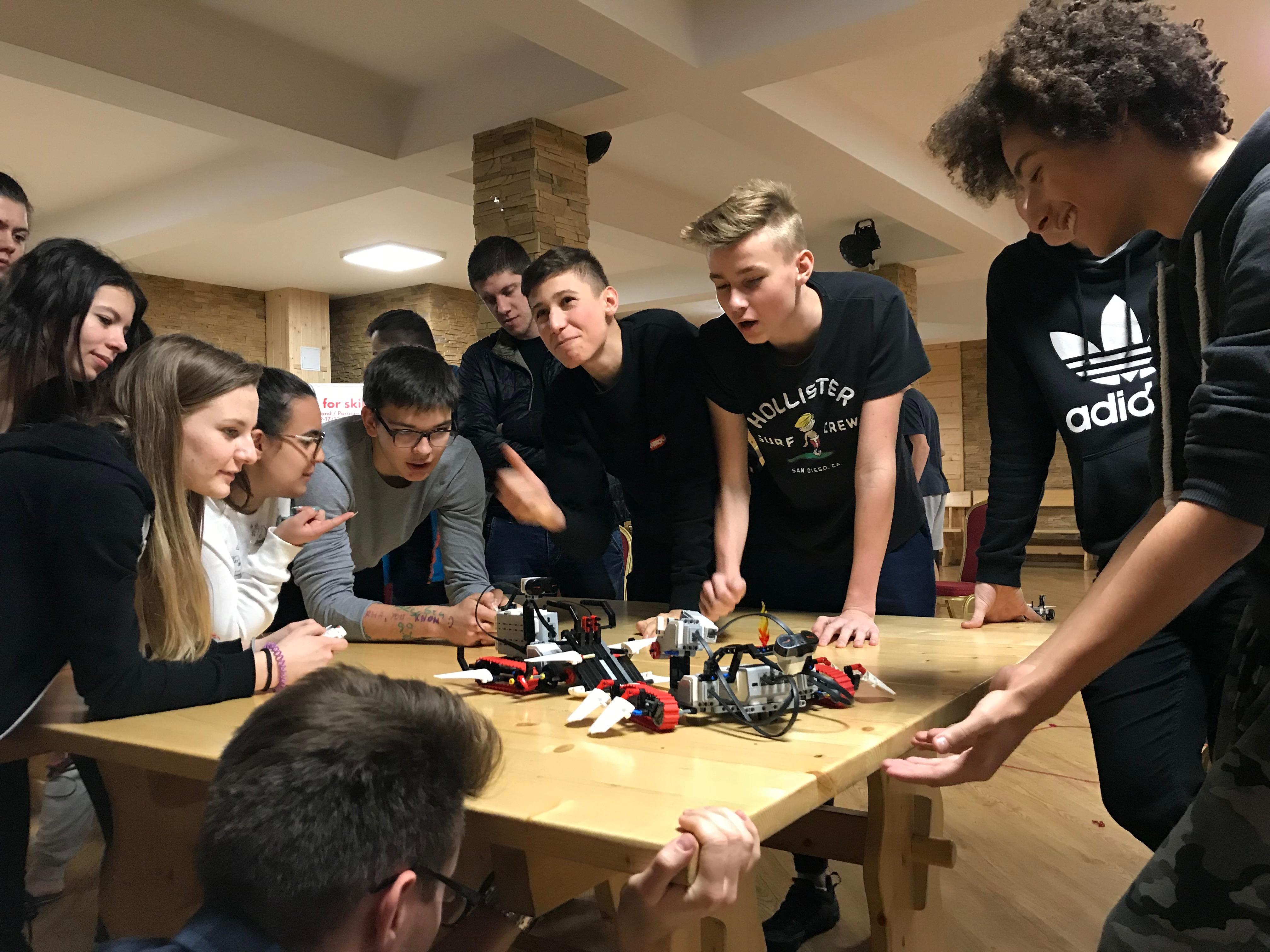 Programowanie robotów dla młodzieży