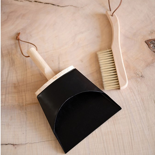 Beech Wood Dustpan + Broom Set
