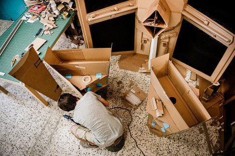 julie-lefort-photographe-photog-raphie-tournage-concert-portrait-friche-voyage-fontenay-sous-bois-vincennes-saint-mande-val-marne-carton-star-wars-jean-bodoc-1-020