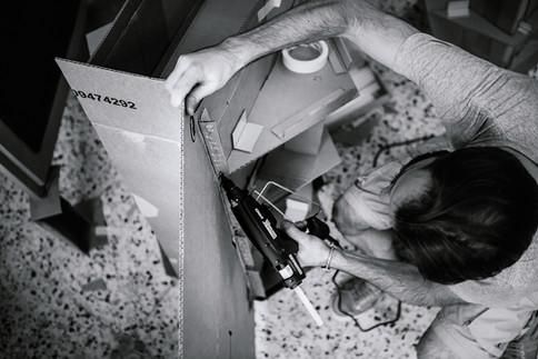 julie-lefort-photographe-photog-raphie-tournage-concert-portrait-friche-voyage-fontenay-sous-bois-vincennes-saint-mande-val-marne-carton-star-wars-jean-bodoc-1-019