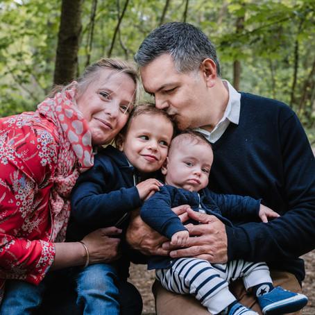 Séance famille, deux frères au Bois de Vincennes