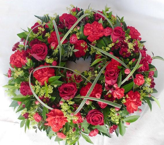 red wreath.sml.JPG