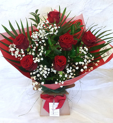 Romantic - 6  Roses and Gyp