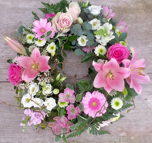 Cluster country wreath