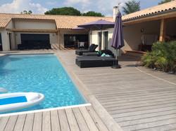 Terrasse-tour-de-piscine-blaye-terrasse-bois-et-composite