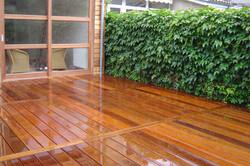 Terrasse-ipe-en-fixation-invisible-bordeaux