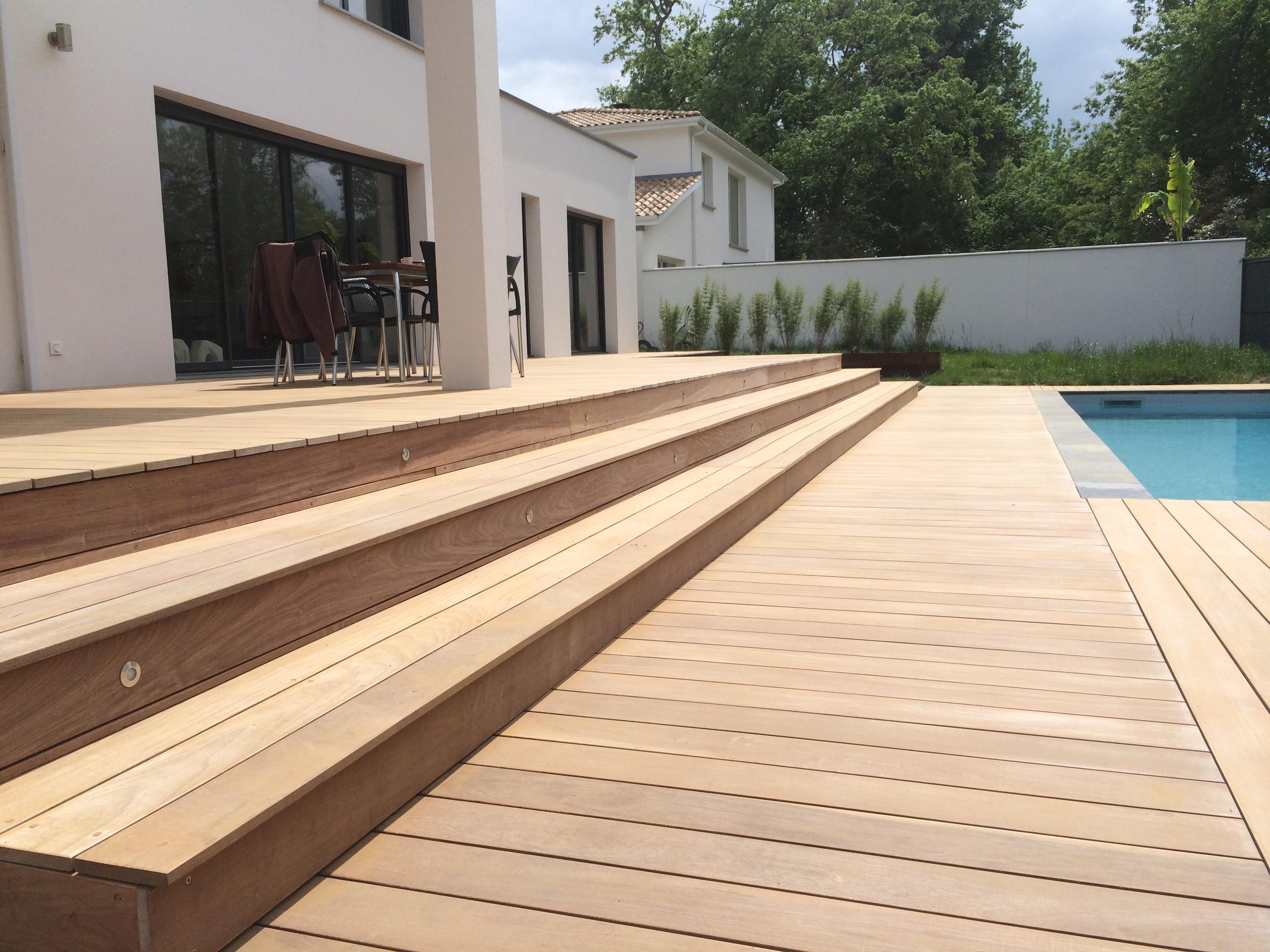 Terrasse-ipe-bordeaux-terrasse-bois-et-composite-fixations-invisibles
