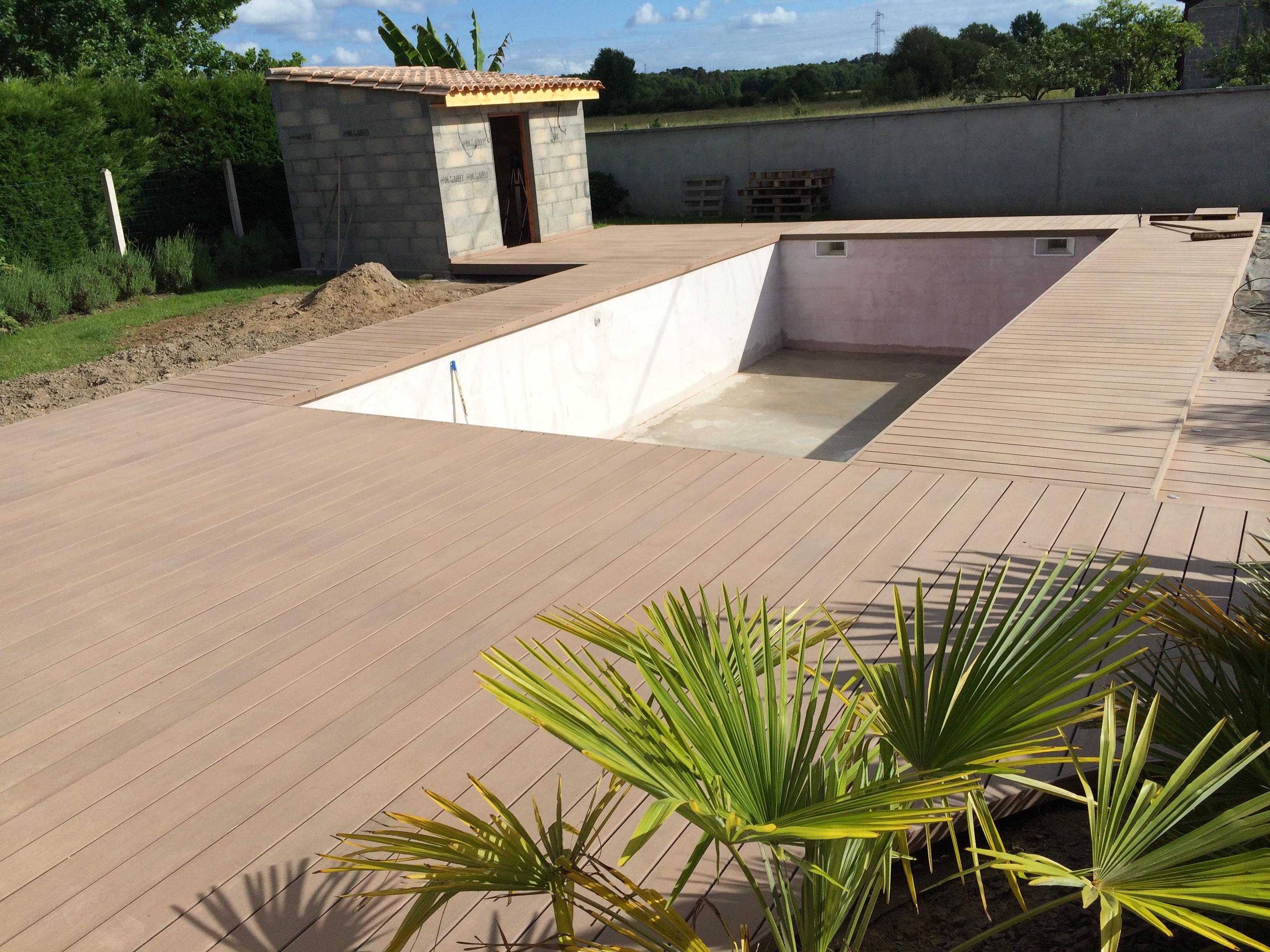 Terrasse-composite-silvadec-Saint-Medard-en-Jalles