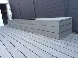 Terrasse-bois-composite-lames-grises-silvadec-medoc-gironde