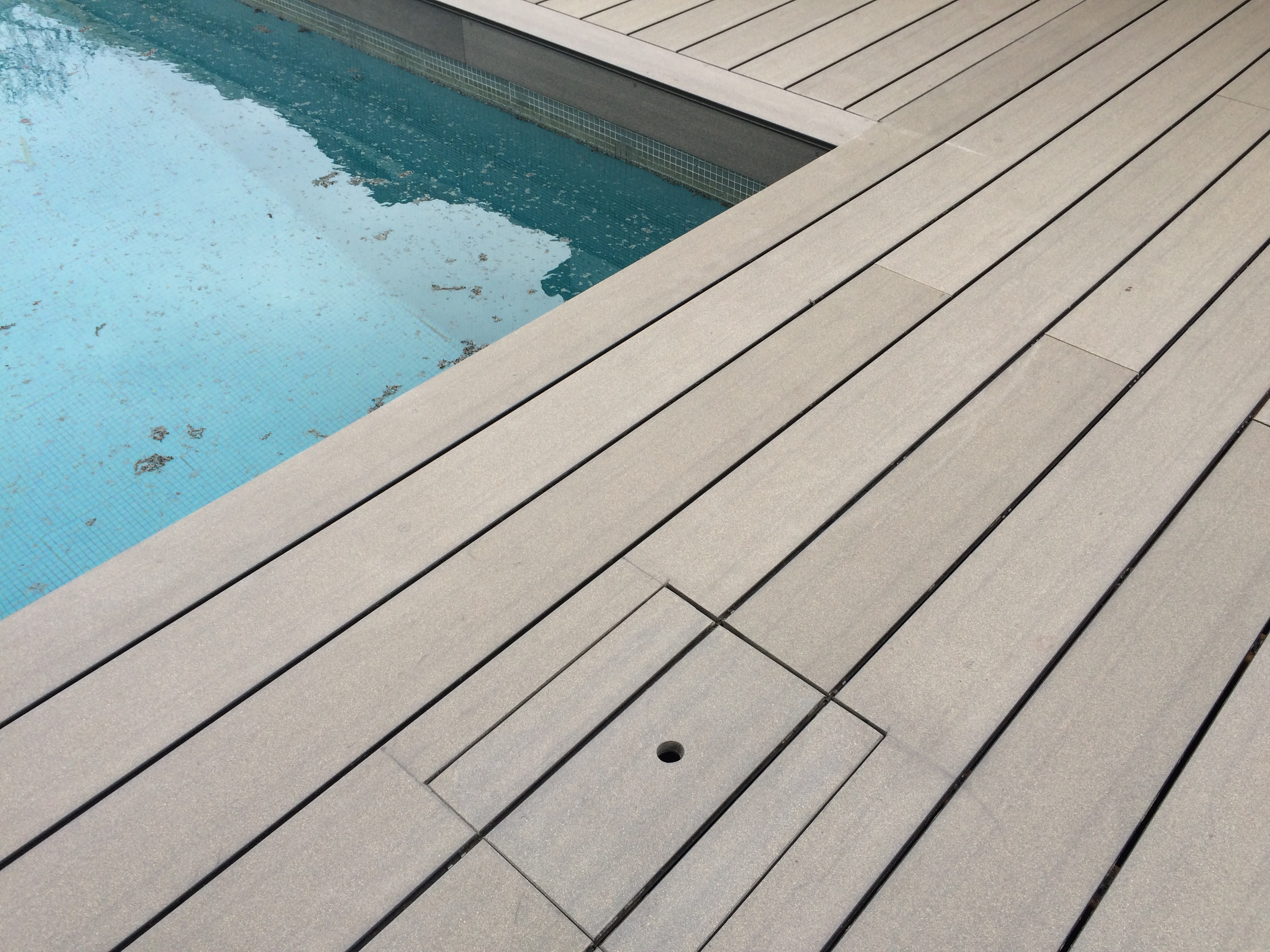 Terrasse-bois-composite-silvadec-eysines-gironde-bordeaux
