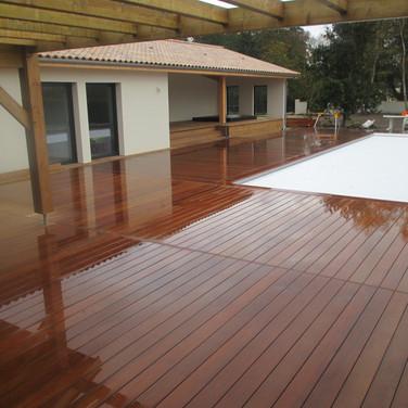Terrasse-tour-de-piscine-en-ipe-libourne
