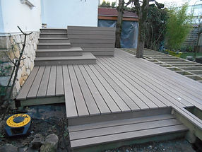 Terrasse-lames-composite-silvadec-le-tuzan