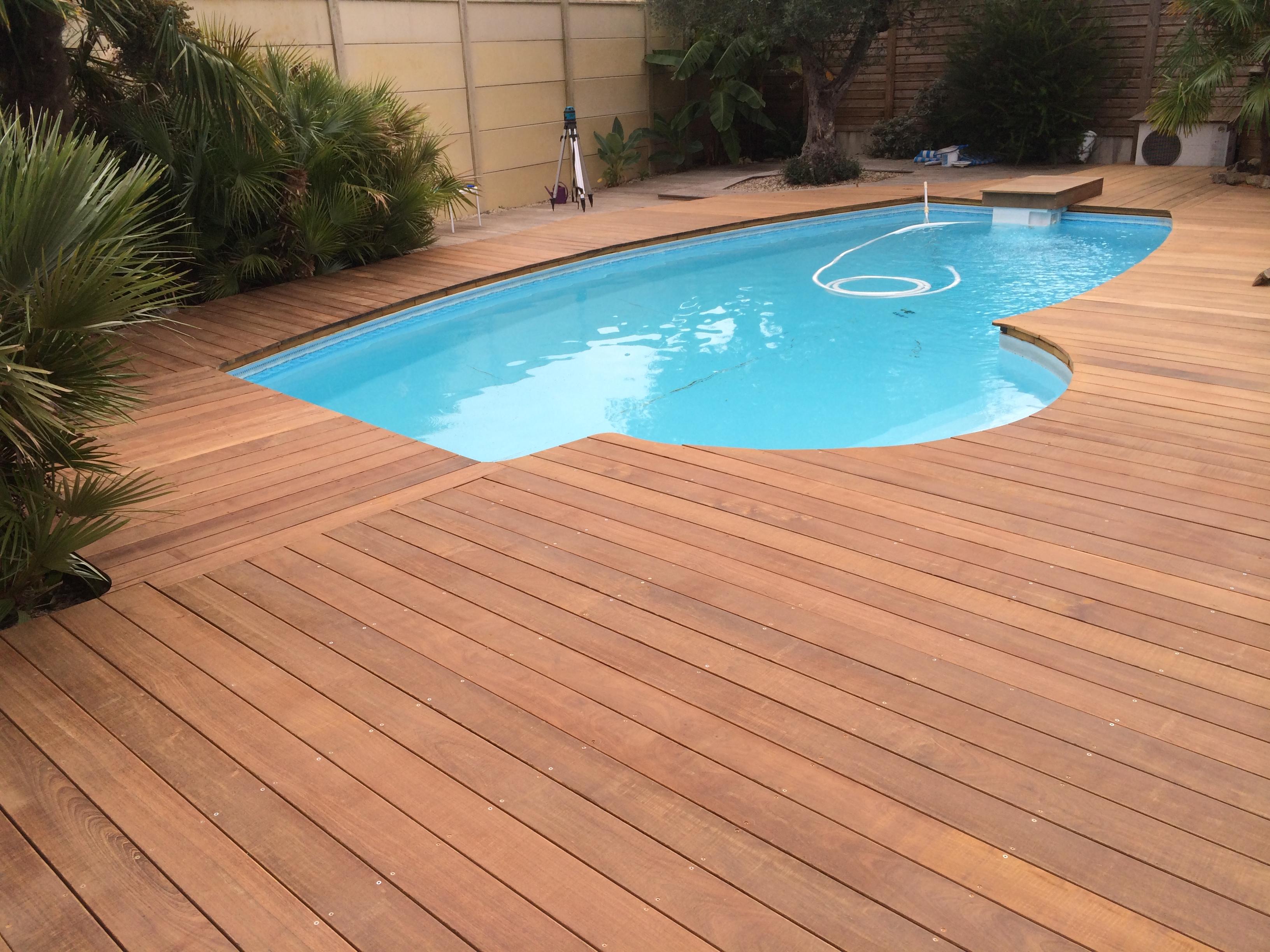 Terrasse-bois-ipe-carbon-blanc