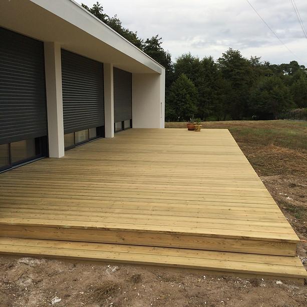 Terrasse-sapin-marches-bois-leognan-terrasse-bois-et-composite