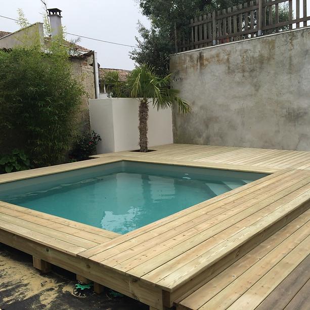 Terrasse-sapin-piscine-hors-sol-bois-Cauderan