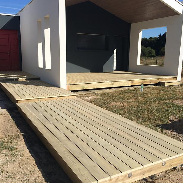 Terrasse-sapin-bois-leognan-terrasse-bois-et-composite