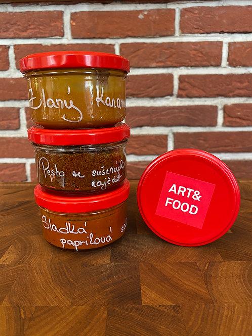 Pesto, salsa a karamel