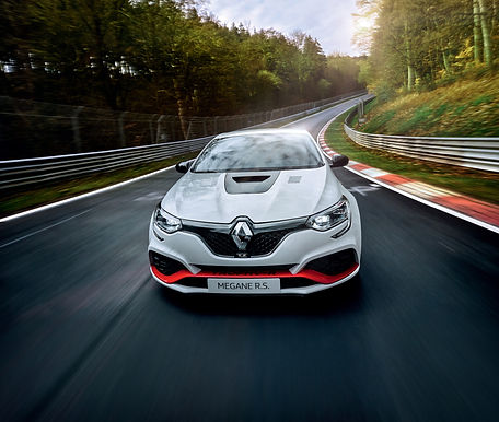 renault-megane-rs-trophy-r-nrburgring-re