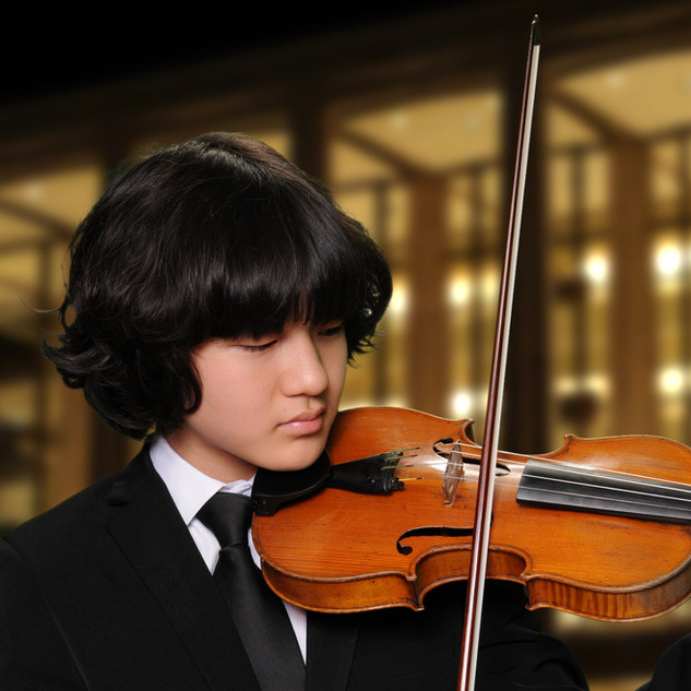 Grand Prize: Bobby Boogyeom Park - violin