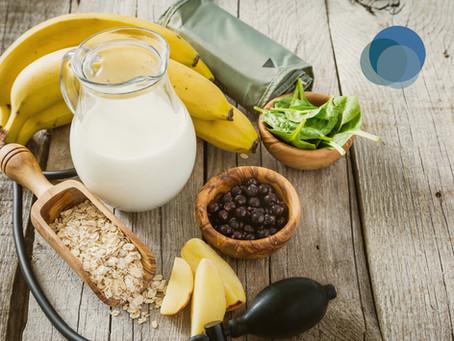 Como tratar a hipertensão com alimentação